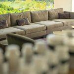 Lounge im Swiss Biohealth Store & Café