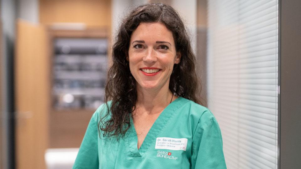 Sarah Harris: Fachärztin für Anästhesie und Intensivmedizin
